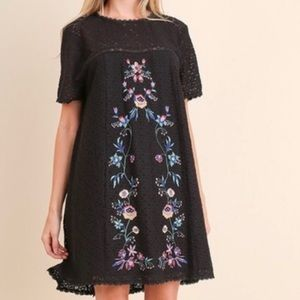 NWT Black Embroidered Shift Dress